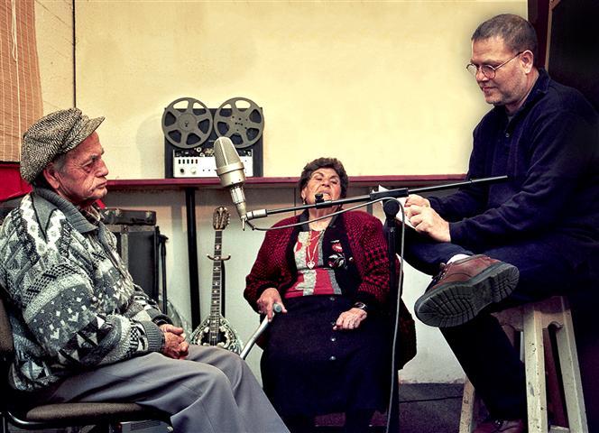 יהודה פוליקר עם הוריו -שרה וג\'קו פוליקר זל